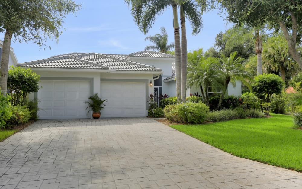 8971 Springwood Ct, Bonita Springs - Home For Sale 1211163431