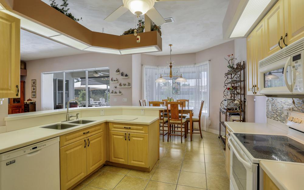 3751 Patty Ct, Bonita Springs - Home For Sale 1752222657