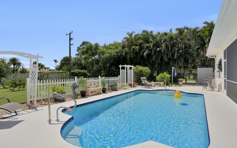 3751 Patty Ct, Bonita Springs - Home For Sale 1256237850