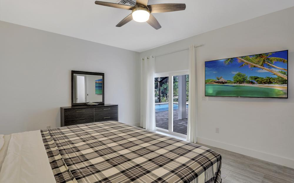 2720 SW 4th Pl, Cape Coral - Vacation Rental  1415877939