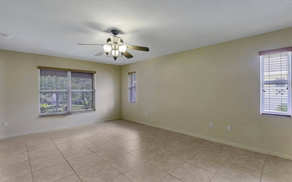 4907 Agualinda Blvd, Cape Coral - Home For Sale 1125968506