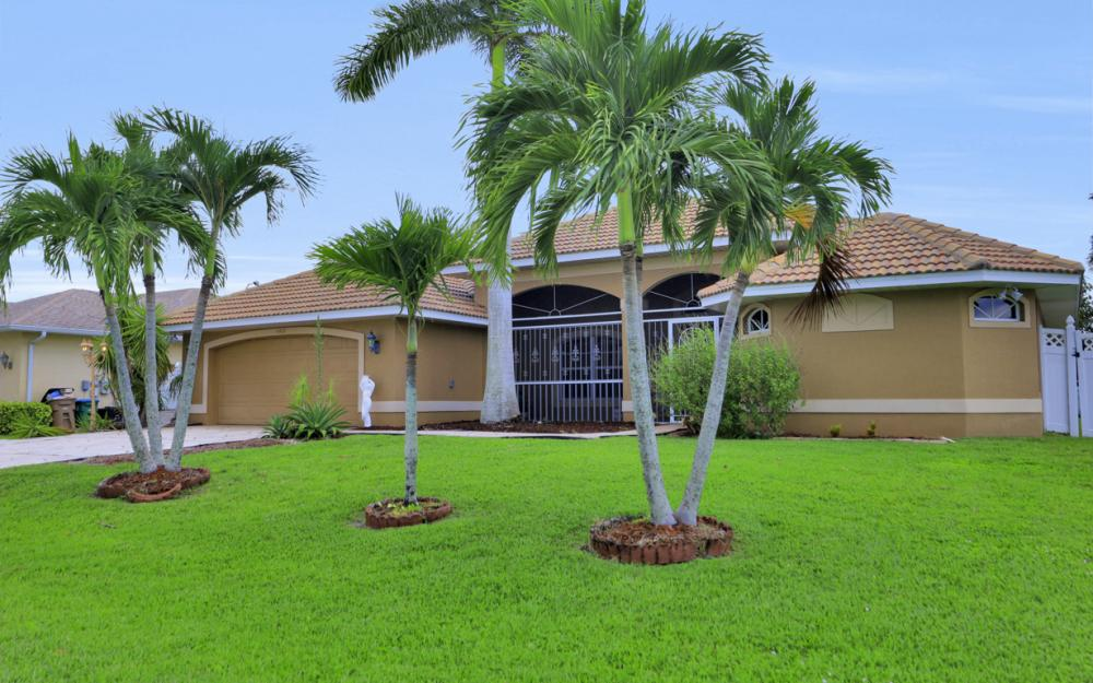 4907 Agualinda Blvd, Cape Coral - Home For Sale 2087448687