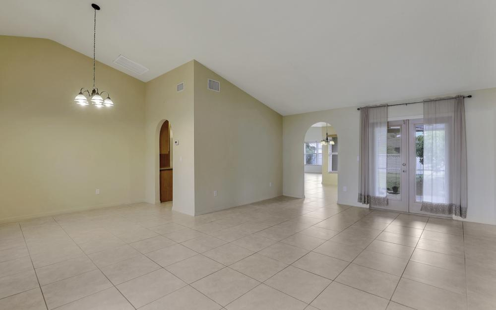 4907 Agualinda Blvd, Cape Coral - Home For Sale 884997812