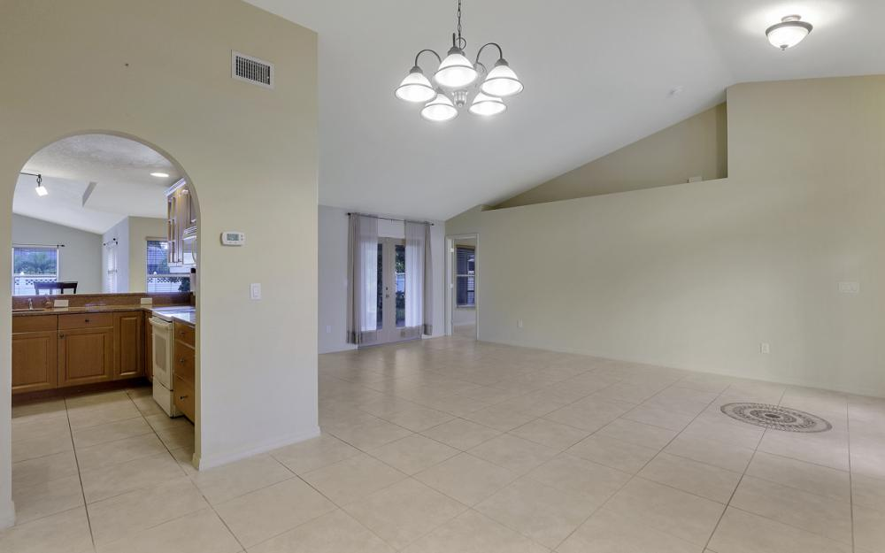 4907 Agualinda Blvd, Cape Coral - Home For Sale 1364560652