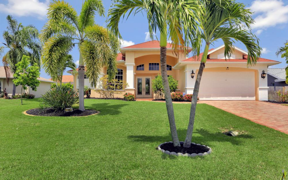 2111 SW 49th Ter, Cape Coral - Home For Sale 1690216774