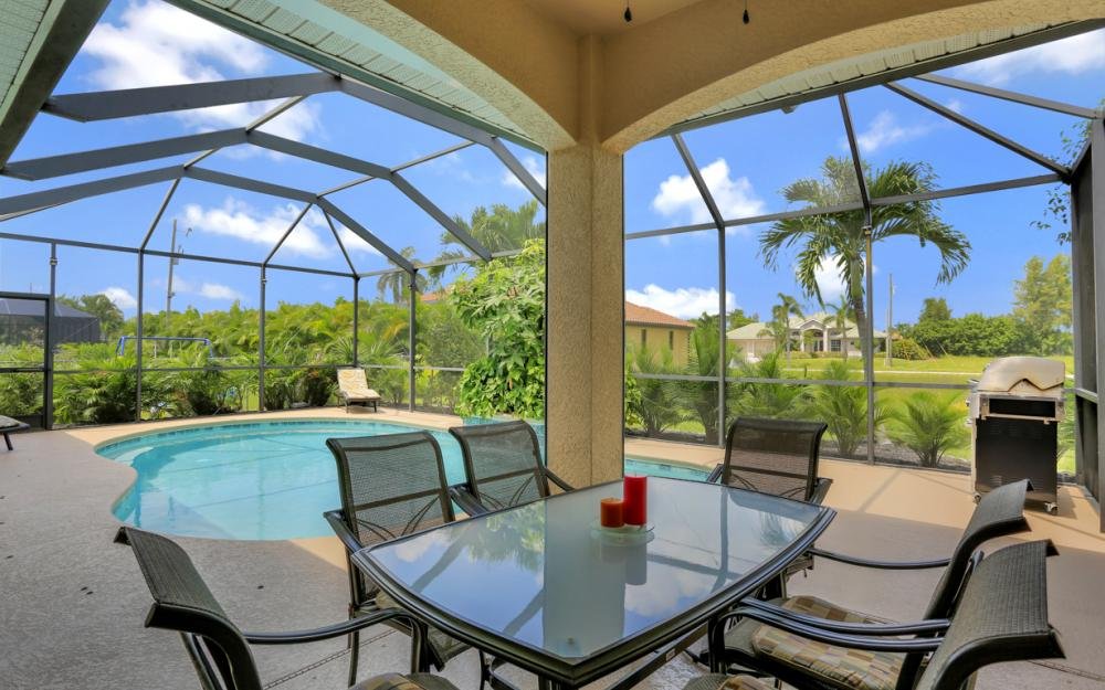 2111 SW 49th Ter, Cape Coral - Home For Sale 744163209