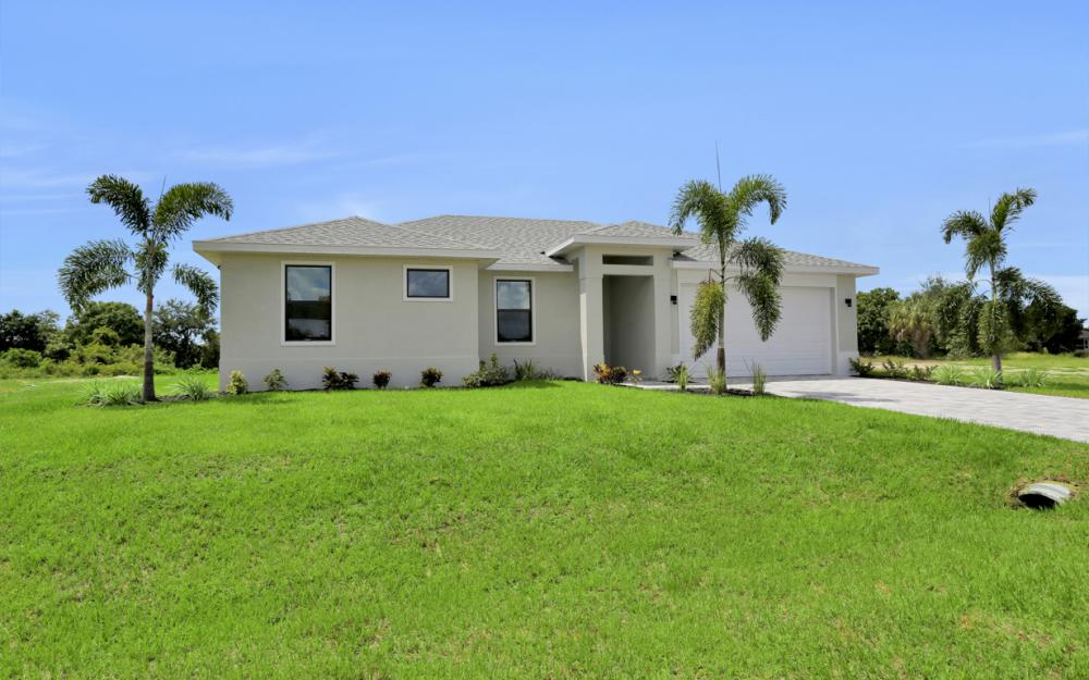 3428 SW 8th Pl Cape Coral - Home For Sale 355942128