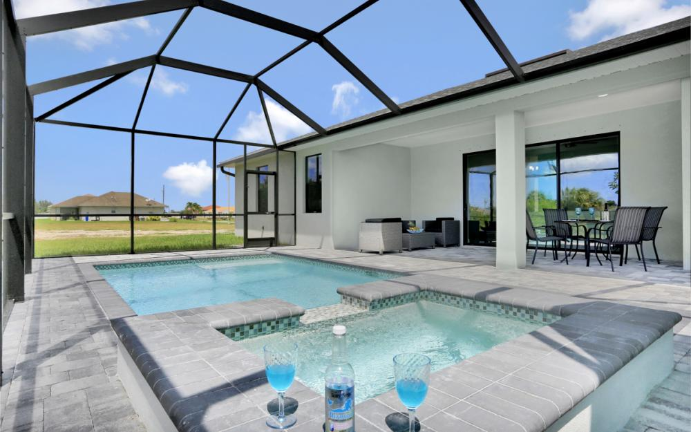 3428 SW 8th Pl Cape Coral - Home For Sale 1707373692