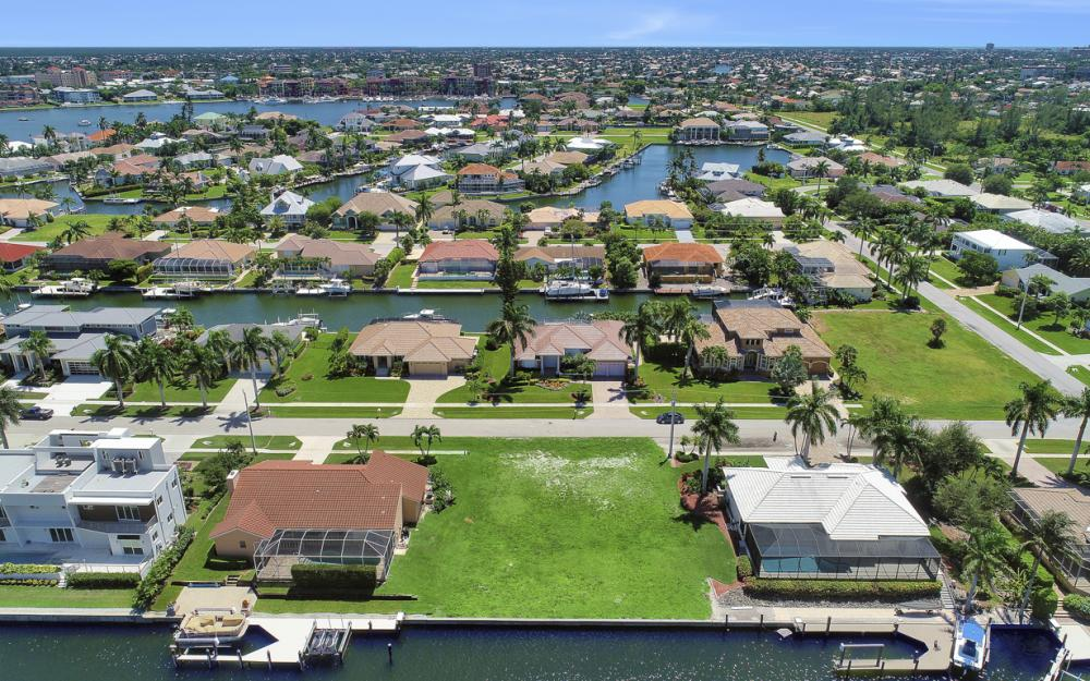 712 Plantation Ct, Marco Island - Lot For Sale 645490214