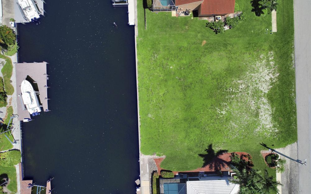 712 Plantation Ct, Marco Island - Lot For Sale 718393731