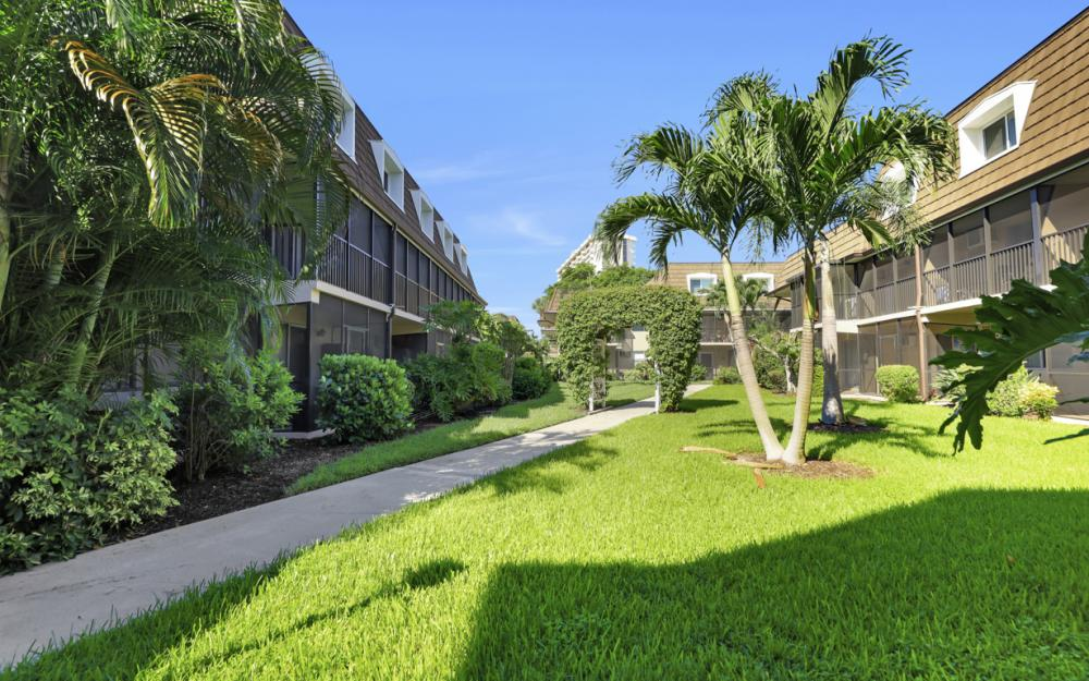 87 N Collier Blvd #H1, Marco Island - Condo For Sale 369782015