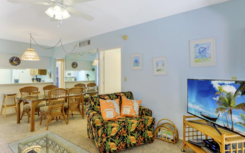 14 Manor Ter #9-105, Marco Island - Vacation Rental 759366516
