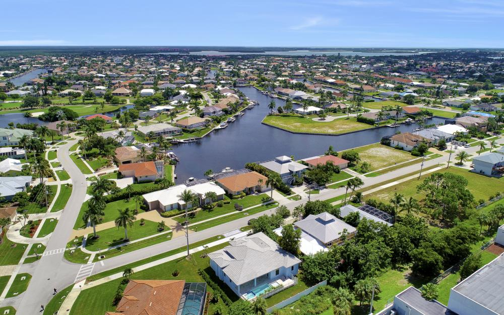 168 Greenview St, Marco Island - Home For Sale 843526747