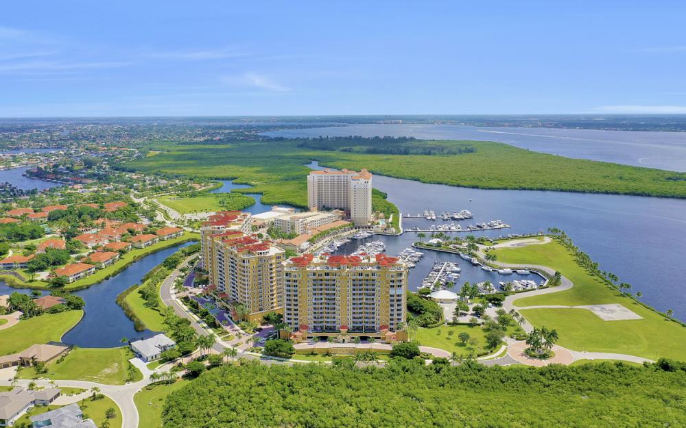 6081 Silver King Blvd #1203, Cape Coral - Luxury Penthouse For Sale 393724966