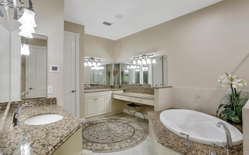 6081 Silver King Blvd #1203, Cape Coral - Luxury Penthouse For Sale 404108026