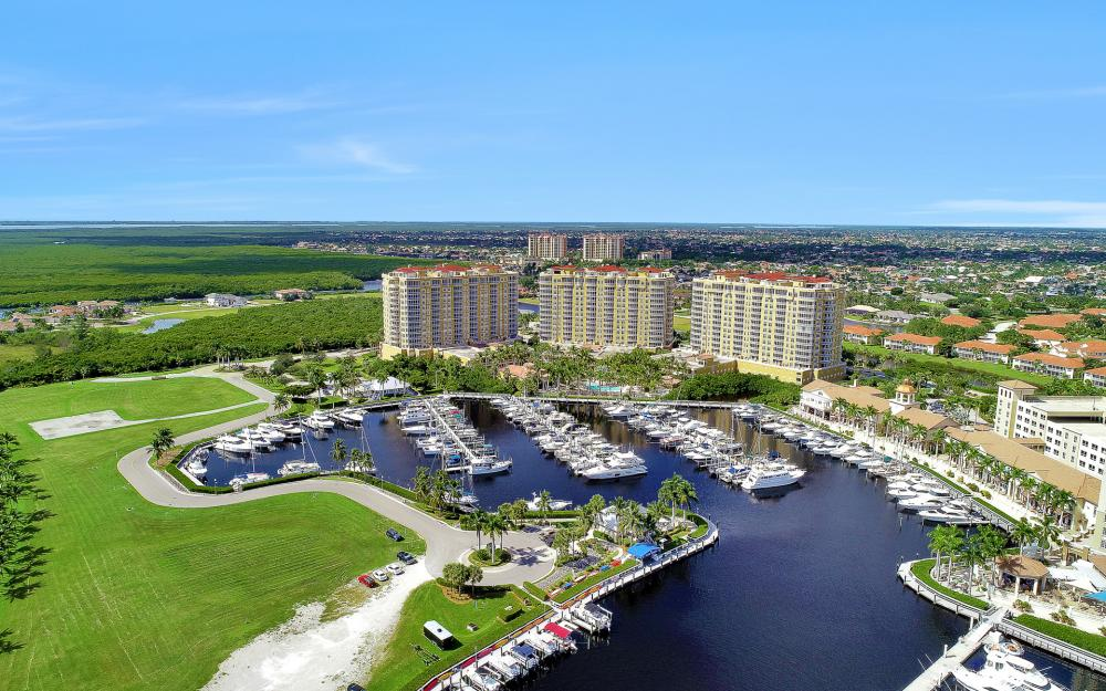 6081 Silver King Blvd #1203, Cape Coral - Luxury Penthouse For Sale 638089427