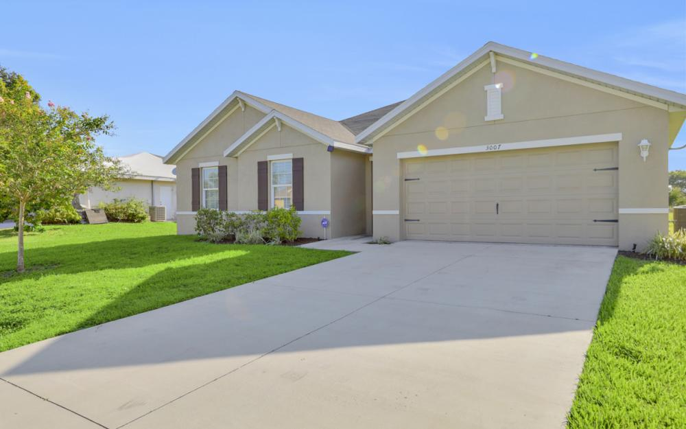 3007 SW 4th Ave, Cape Coral - Home For Sale 769427645