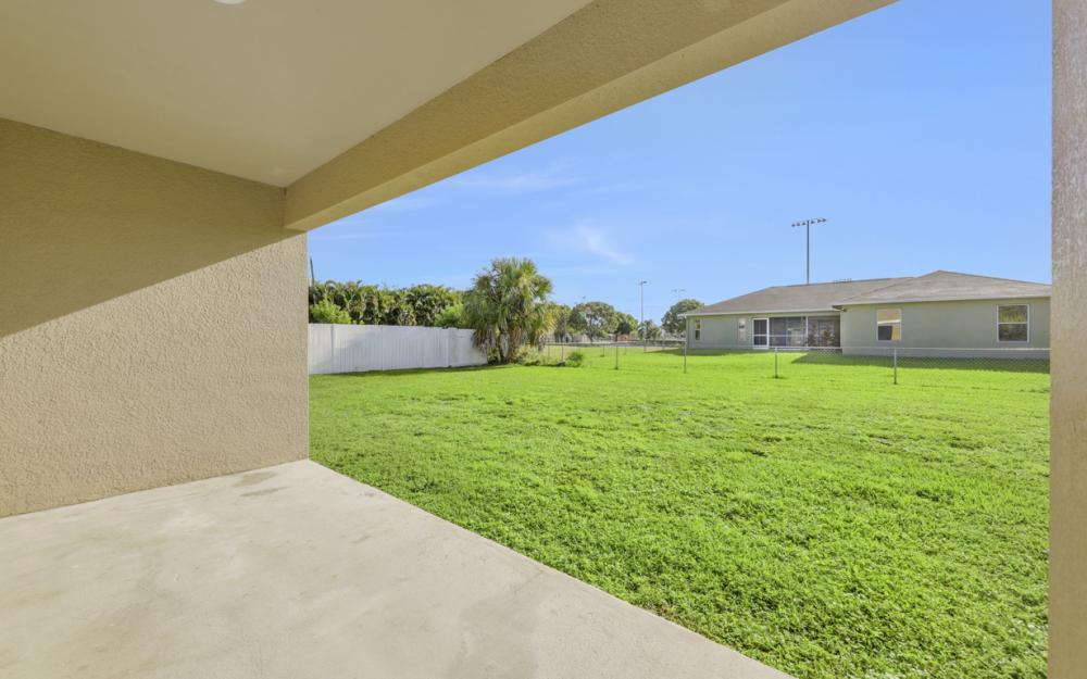 3007 SW 4th Ave, Cape Coral - Home For Sale 1022211282