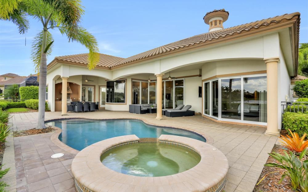 9558 Via Lago Way, Fort Myers - Luxury Home For Sale 505507057