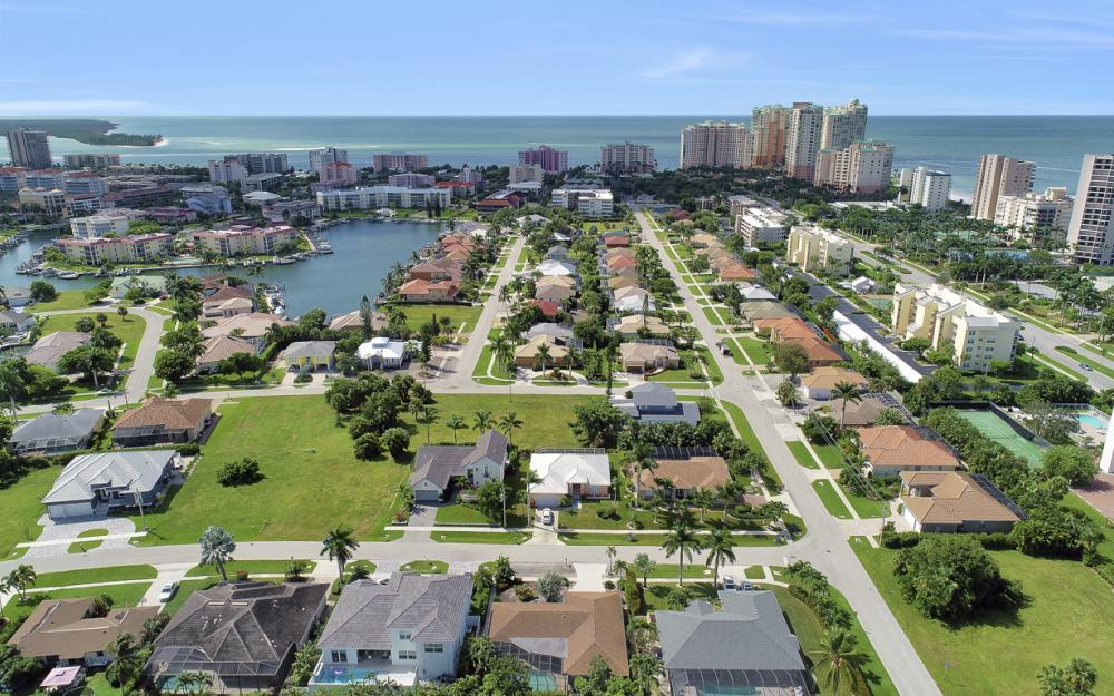 971 Mendel Ave, Marco Island - Home For Sale  2012333480