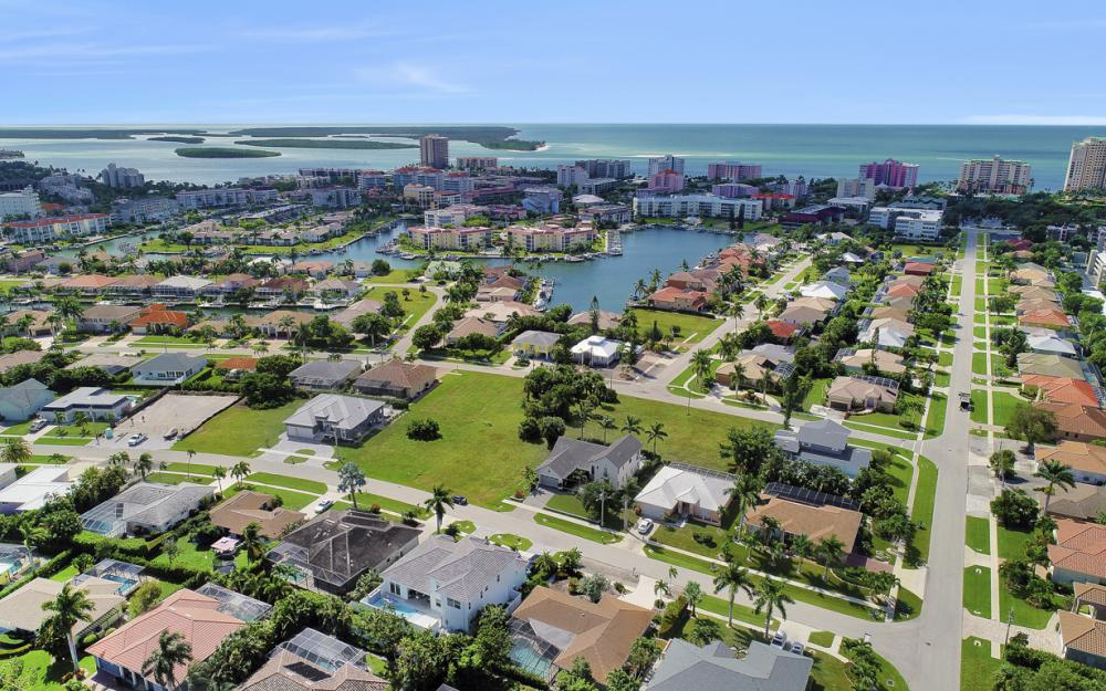 971 Mendel Ave, Marco Island - Home For Sale  1517293581