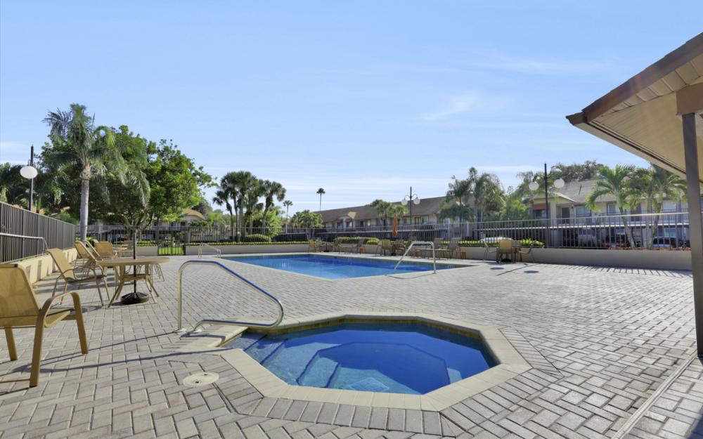 13090 Cross Creek Court #210, Fort Myers - Condo For Sale 533402059