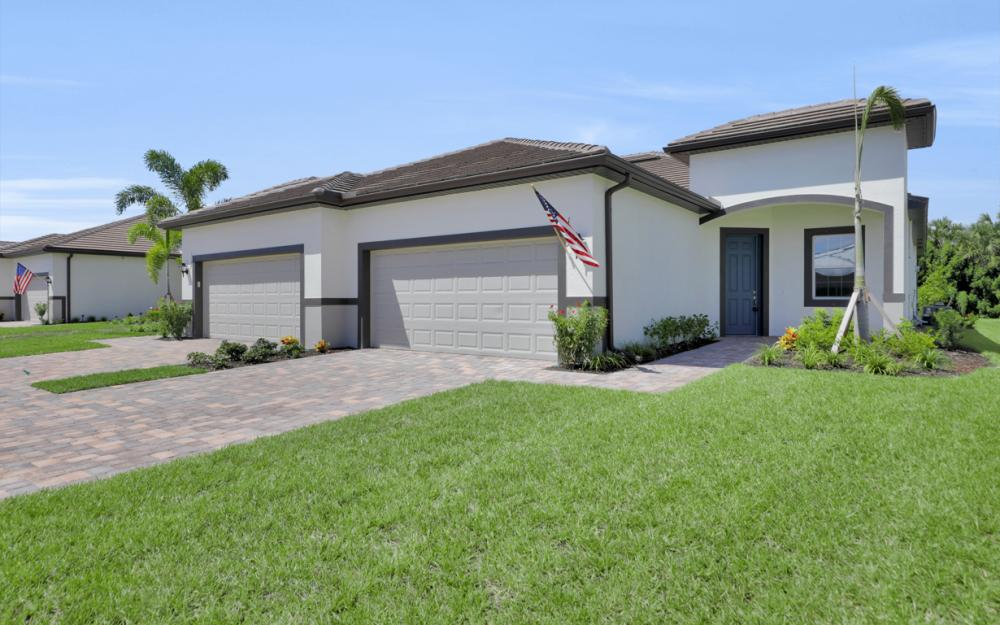 1179 S Town and River Dr, Fort Myers - Home For Sale 1920678889