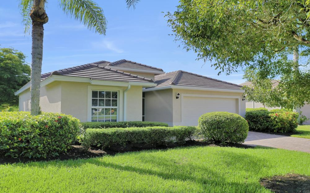 25530 Inlet Way Ct, Bonita Springs - Home For Sale 1312045786