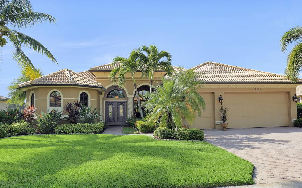 9323 River Otter Dr, Fort Myers - Home For Sale 1728986065