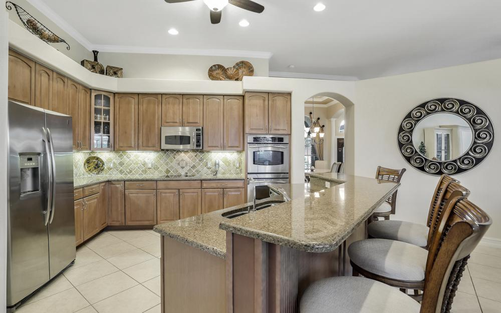 9323 River Otter Dr, Fort Myers - Home For Sale 287745788