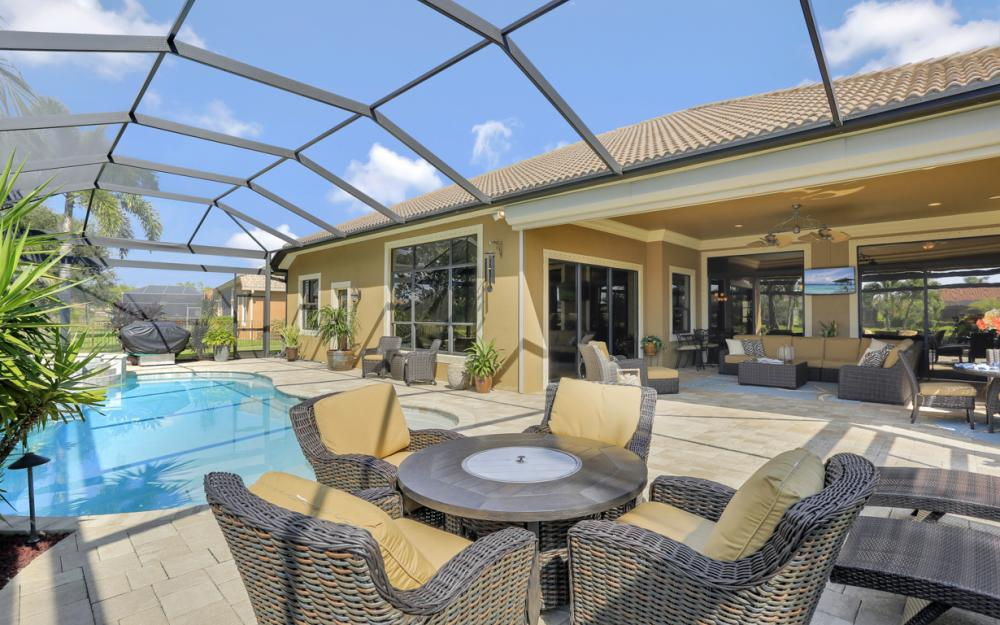 9323 River Otter Dr, Fort Myers - Home For Sale 239990882