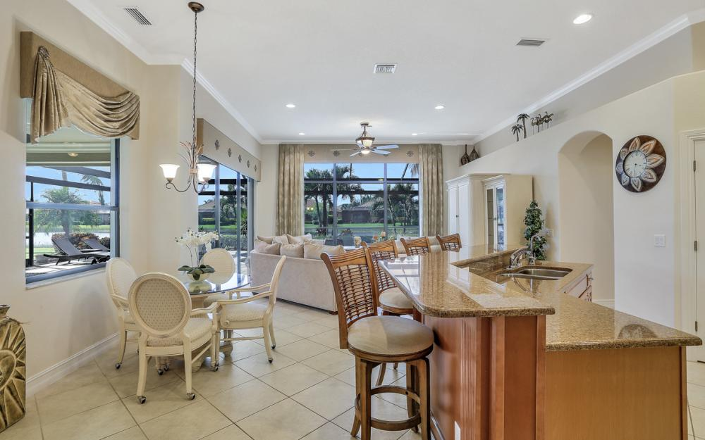 9323 River Otter Dr, Fort Myers - Home For Sale 929419332