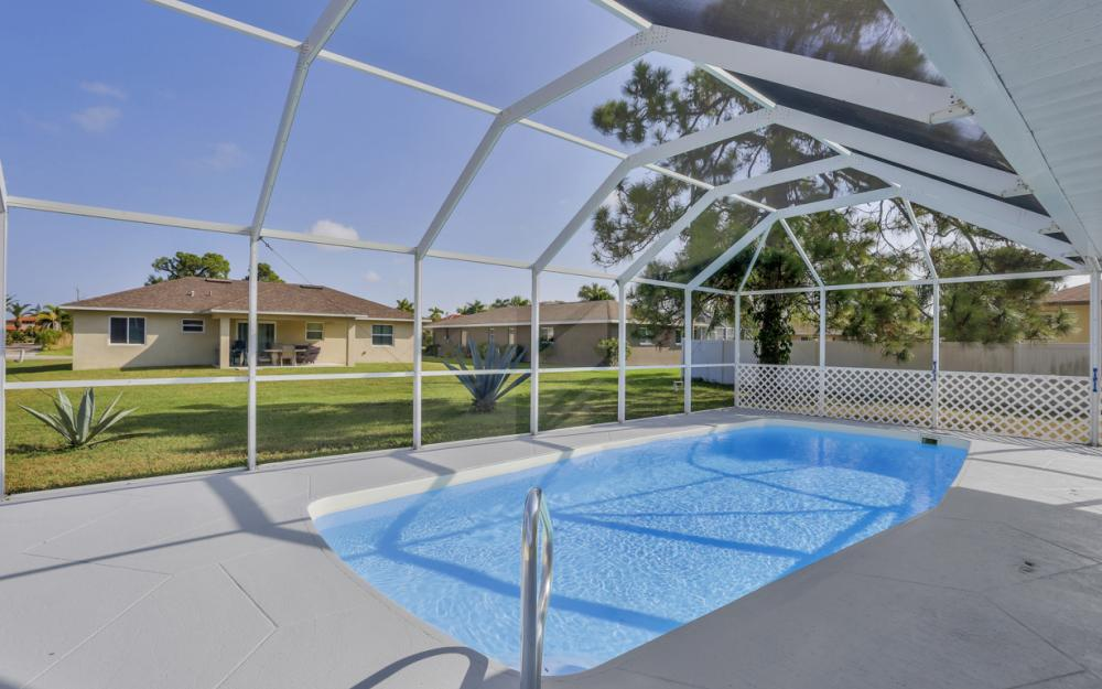 917 SW 23rd St, Cape Coral - Home For Sale 28022988