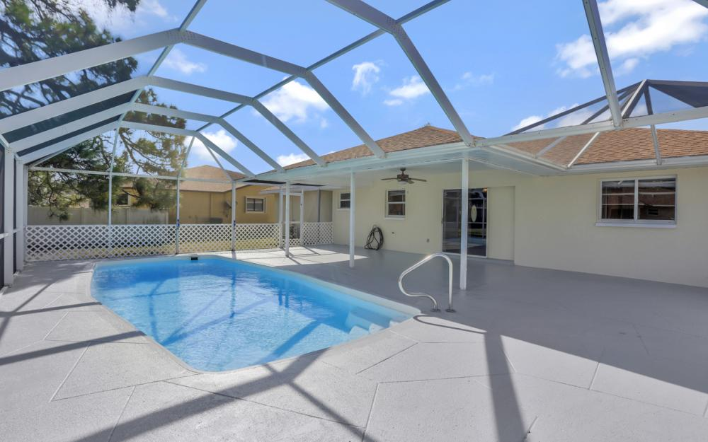 917 SW 23rd St, Cape Coral - Home For Sale 828635916
