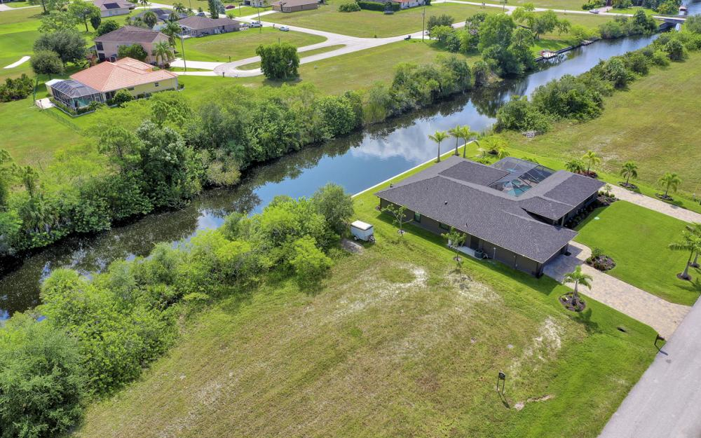 2333 NW 34th Ave, Cape Coral - Home For Sale 2021840259
