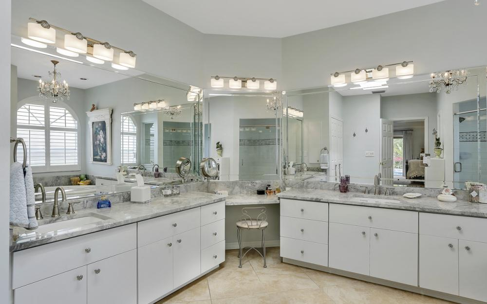 16112 Forest Oaks Dr, Fort Myers - Home For Sale 1400460893