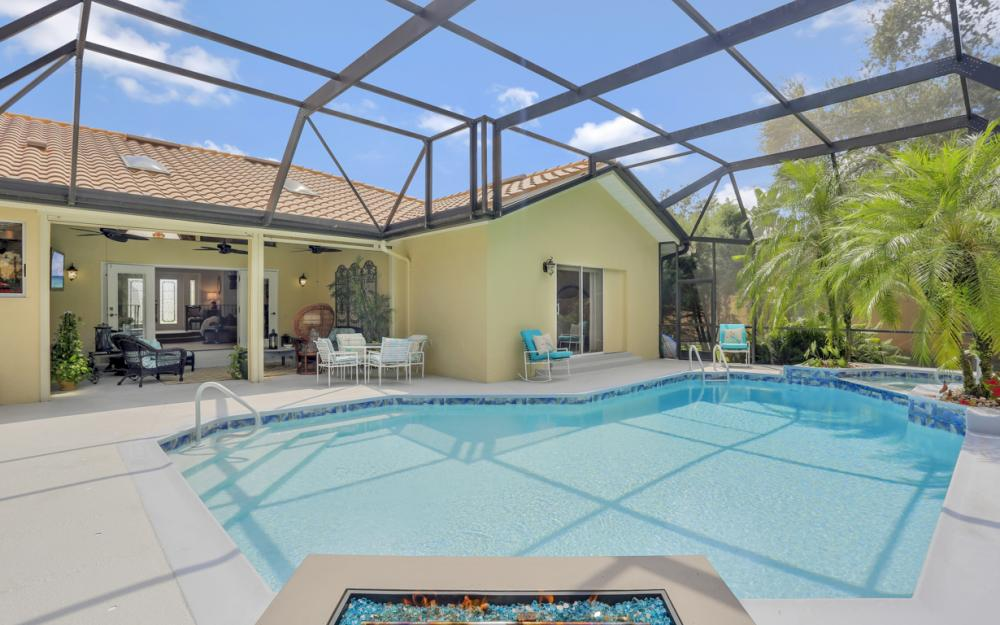 16112 Forest Oaks Dr, Fort Myers - Home For Sale 1353478996