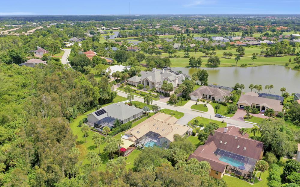 16112 Forest Oaks Dr, Fort Myers - Home For Sale 739513536