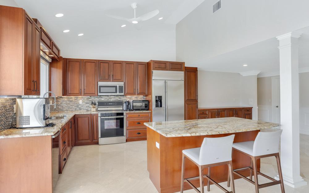 151 Bayview Ave, Naples - Home For Sale 2125426337