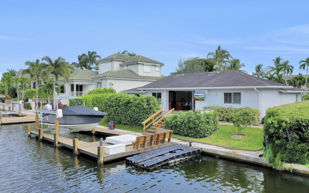 151 Bayview Ave, Naples - Home For Sale 846642255
