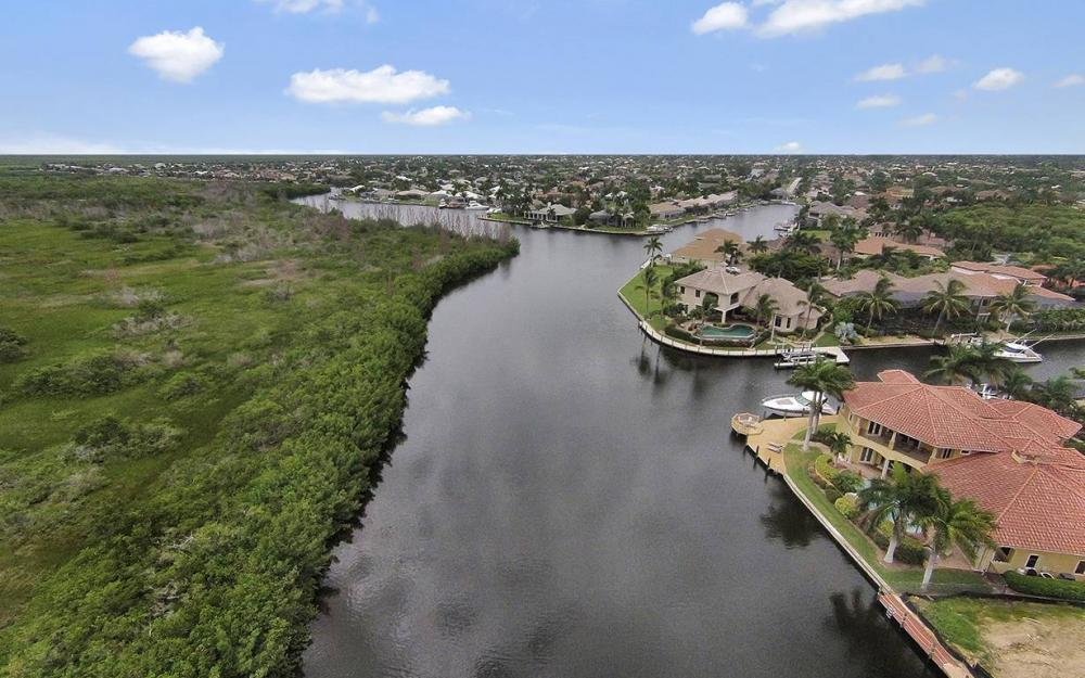 5647 Pennant Ct, Cape Coral - House For Sale 802744650