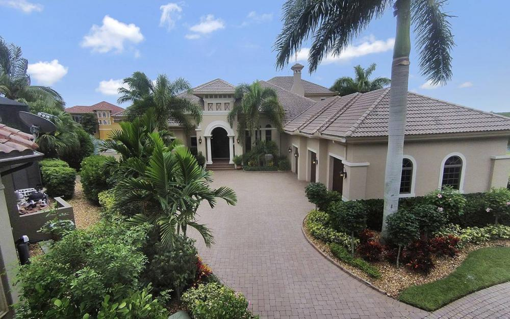 5647 Pennant Ct, Cape Coral - House For Sale 1814158534