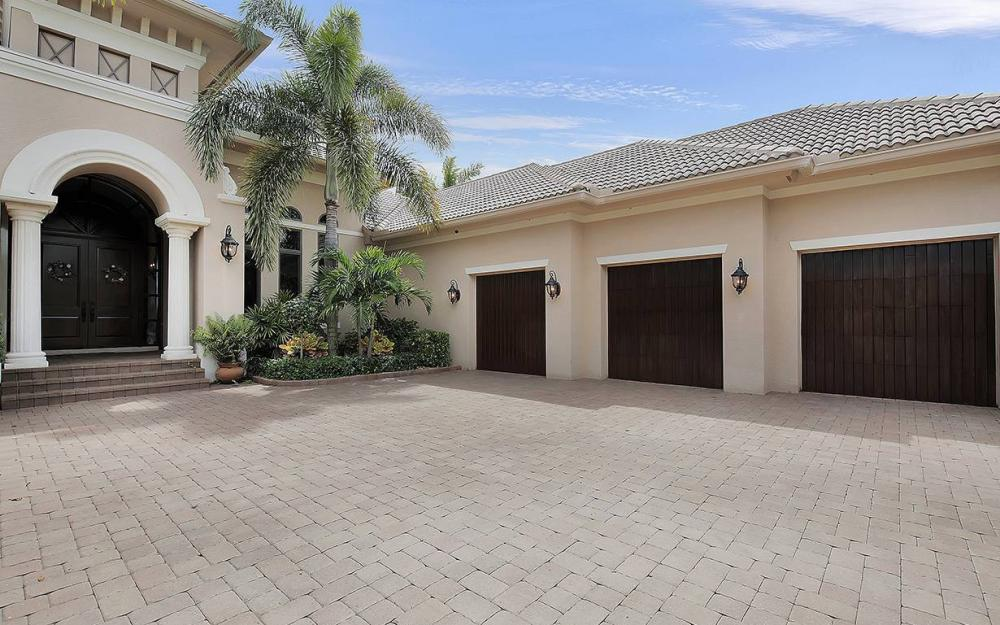 5647 Pennant Ct, Cape Coral - House For Sale 1141289036