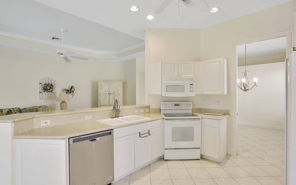 24879 Bay Cedar Dr, Bonita Springs - Home For Sale 827269851