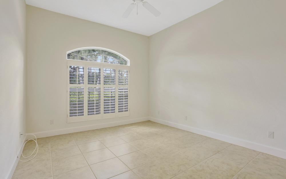 24879 Bay Cedar Dr, Bonita Springs - Home For Sale 1320606291