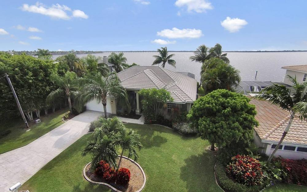 2921 SE 22nd Pl, Cape Coral - House For Sale 710988696