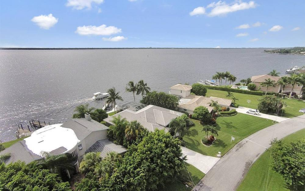 2921 SE 22nd Pl, Cape Coral - House For Sale 1854470485
