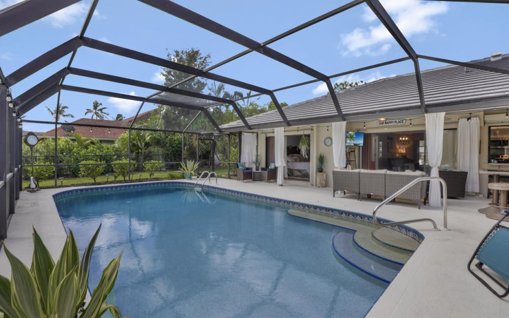 2545 Kings Lake Blvd Naples - Home For Sale 591589837