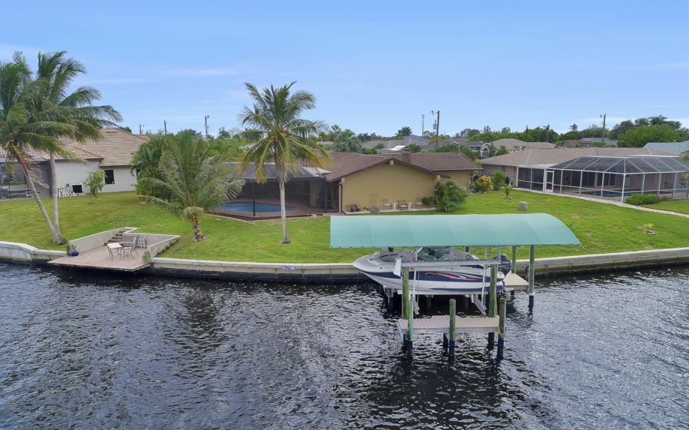 1301 SW 43rd Ter, Cape Coral - Home For Sale 33958613
