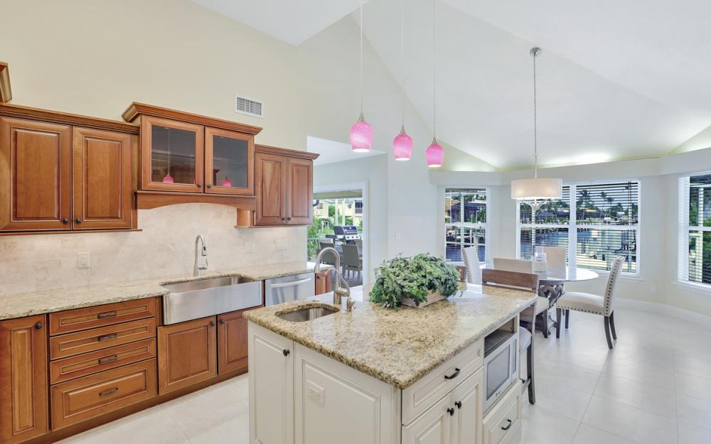 12 Algonquin Ct, Marco Island - Vacation Rental 611094818
